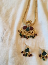 gold-colored and blue gemstone pendant necklace Farragut, 37934