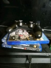 Ps4 and 4 games Toronto, M9W 1V9
