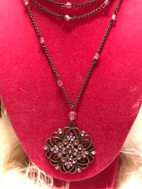 Beautiful!  Vintage Victorian Necklace with lavender crystal stones Gainesville, 20155