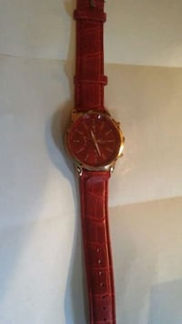 Red Geneva Watch...leather band Winder, 30680