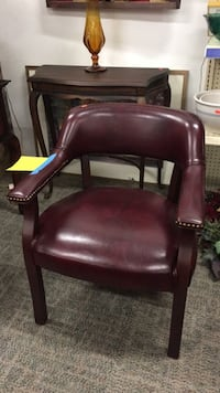 Leather chair. Very sturdy and heavy  Pataskala, 43062