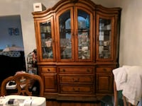 Solid wood 2 piece China cabinet Wright-Patterson Air Force Base, 45433
