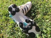 Adidas Soccer Shoes 11Questra Soccer Cleats  919 mi