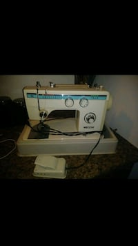 white and blue sewing machine Perris, 92570