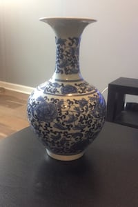 Vase - blue floral pattern Baltimore, 21223