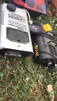 TWO HALLOWEEN FOG MACHINES WITH FOG SOLUTION (DELIVERY WITHIN 10mi) Federal Heights, 80260