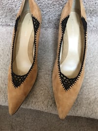 New brown suede pumps Laurel, 20724