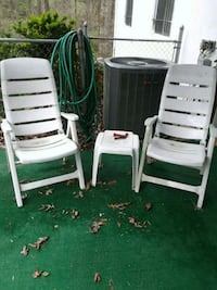 2 plastic adjustable chairs with 3 little tables Chattanooga, 37406