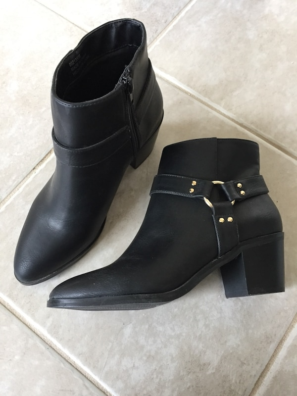 Brand new (without box) Forever21 black ankle boots - size 5.5