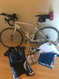 Giant Defy Road Bike package (medium frame/105 Shimano) El Paso, 79924