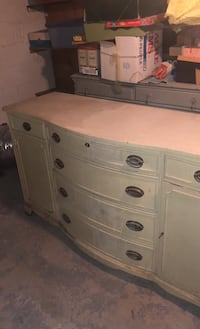 DELIVERY AVAILABLE!  Antique Dining Buffet