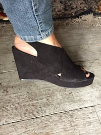 Style & co. Heeled wedge size 9.5 Winnipeg