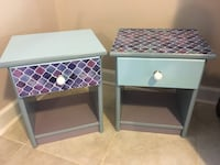 Set of two night stands / end tables