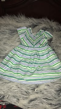 4T girls dress, like new, wore only 1x Toms River, 08753