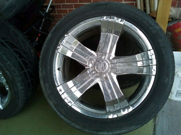 Used tire and rim s  9efca200-4538-4bf4-8a37-4cb178b6c609