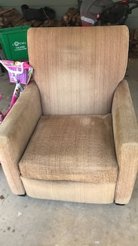 Recliner North Chesterfield, 23235