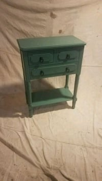 Antique Style Accent Table Easton, 02356