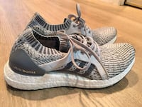 size7 women of gray-and-black Adidas running shoes Richmond, V6Y 2G2