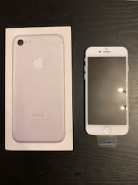 Apple iPhone 7 - Silver 128gb, MINT Washington, 20009