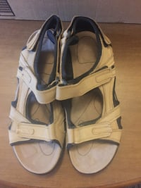 Royal Victoria Leather Men's Summer Sandals Size 10/11 Woodbridge
