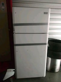 white Arcelik top mount refrigerator Laurel, 20708