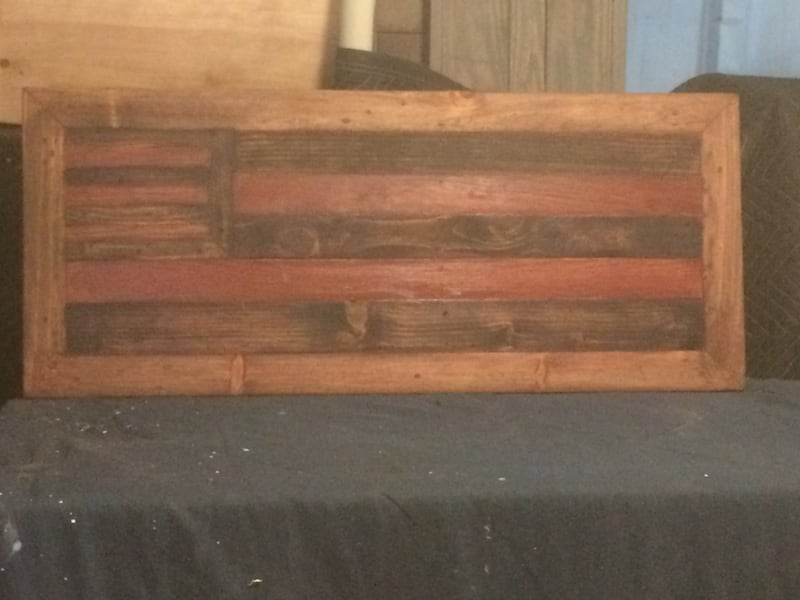 USA Recycled Distressed Wooden Flag 2cee6ba2-c138-472a-b4af-c2ed4650a24f