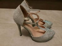 Shoes size 7b Toronto, M3L 2H7