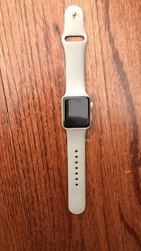 Gold 38 mm Apple Watch perfect condition. New York