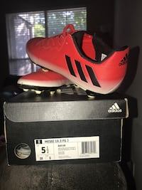 Adidas soccer cleats Houston, 77014