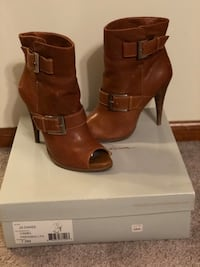 Jessica Simpson Peep Toe Women's booties