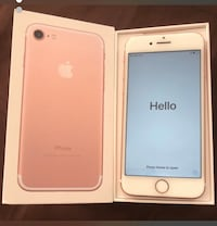 Rose gold iphone 7 with box Toronto, M9V 3S4