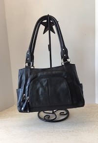 New Danier Leather Handbag Langley, V4W