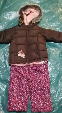 2T fit 2pc snow suit  London, N5Z 2P8