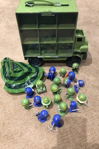 Little green and blue army men with truck Toronto, M9B 2W5