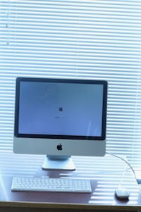 """Mid 2007 iMac 20"""" / 250 GB Storage / Core 2 Duo / Working Perfectly Vancouver"""