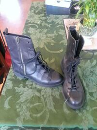 pair of black leather boots Tracy, 95377