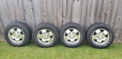 Toyota Tundra Rim and Tires size 18