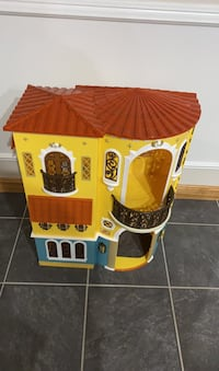 Bratz dolls house