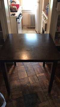 Wooden dark brown table 40 km