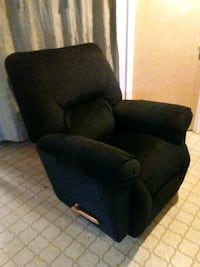 Lazy boy rocker recliner  Beltsville