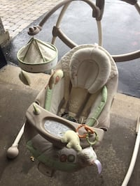 Bright Stars electric baby rocker/swing Laval, H7M 4S4