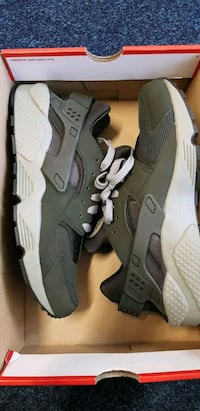 pair of gray Nike Huarache shoes West Yorkshire, BD8 7EP