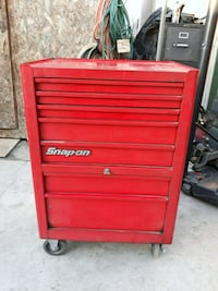 SNAP ON BOX WITH KEY  Los Angeles, 90003