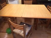Rectangular brown wooden table with four chairs dining set Montréal, H1L 3T4