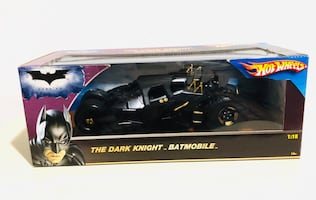 MATTEL HOT WHEELS THE DARK KNIGHT BATMOBILE 1:18 SCALE DIECAST