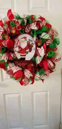 red and green floral wreath Pasadena, 77505