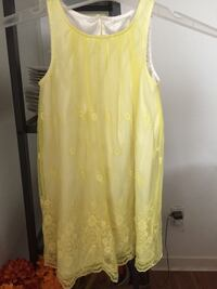 Dress for 4-5 year old like new Coquitlam, V3E 1T9