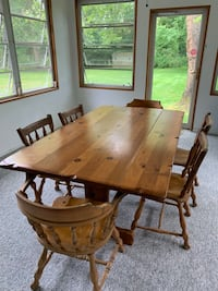 ETHAN ALLEN TABLE AND 6 CHAIRS Tinton Falls, 07724