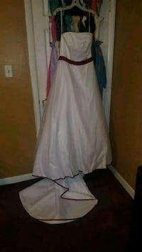 Wedding Gown Sash and Vail..and More Baltimore, 21206