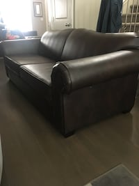 Large Leather Sofa Surrey, V4N 6A6
